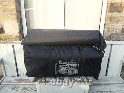 Large family tent 8 man pro actiion tunnel tent, 3 bedrooms, pickup from bd19