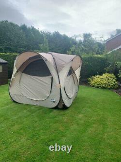 Quechua Base II Seconds'full' pop up Tent, good condition, beige