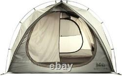 REI Kingdom 6 tent Large with 2 rooms, rainfly, and vestibule