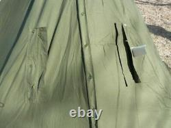 2001 Deux Grands Ponchos Polonais Kaki Taille 2 IL S'agit D'une Tente Tipi, Également En Hiver